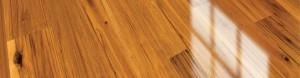 Wet look floor polish fopr wooden floors